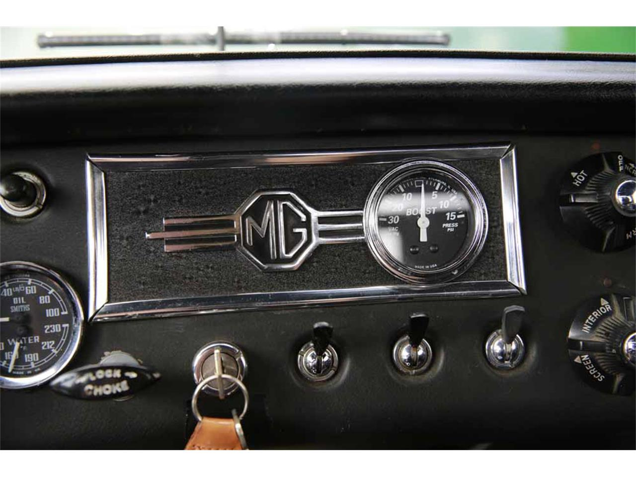 Large Picture of '65 MG MGB - J14W