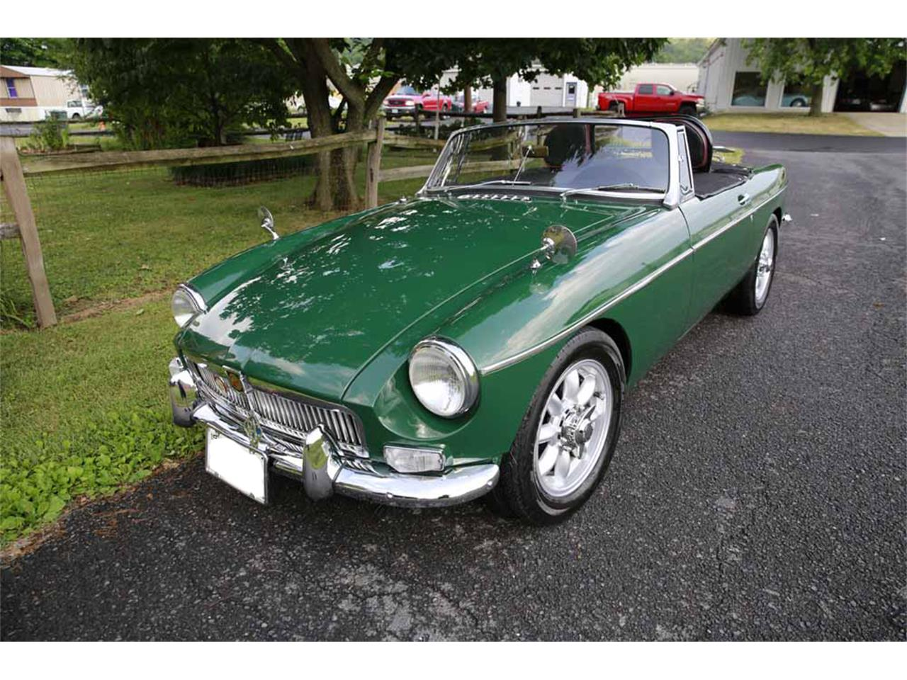 Large Picture of Classic '65 MGB Auction Vehicle Offered by Gassman Automotive - J14W