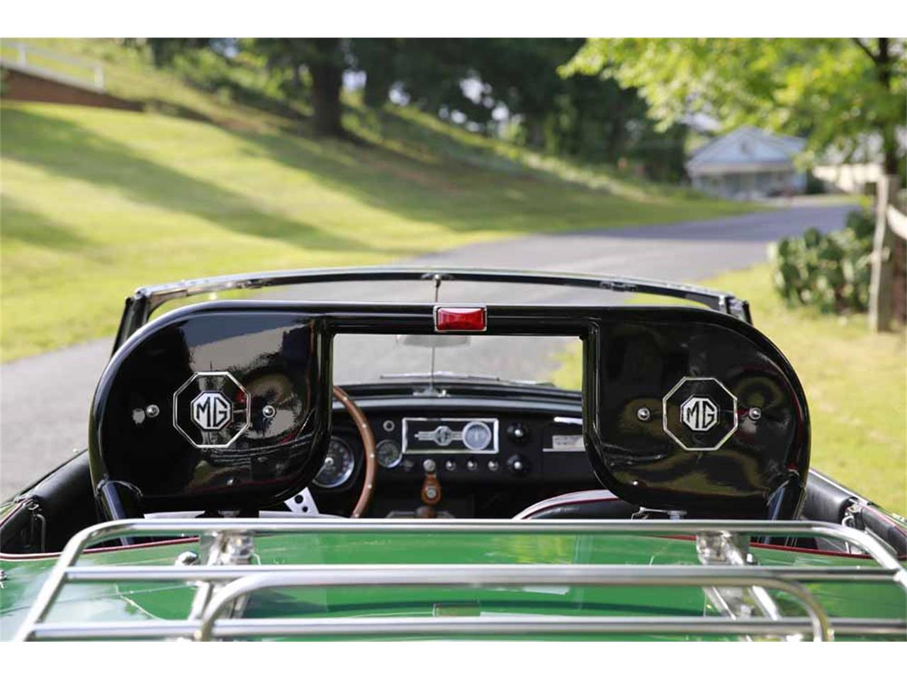Large Picture of Classic '65 MG MGB located in Virginia - J14W