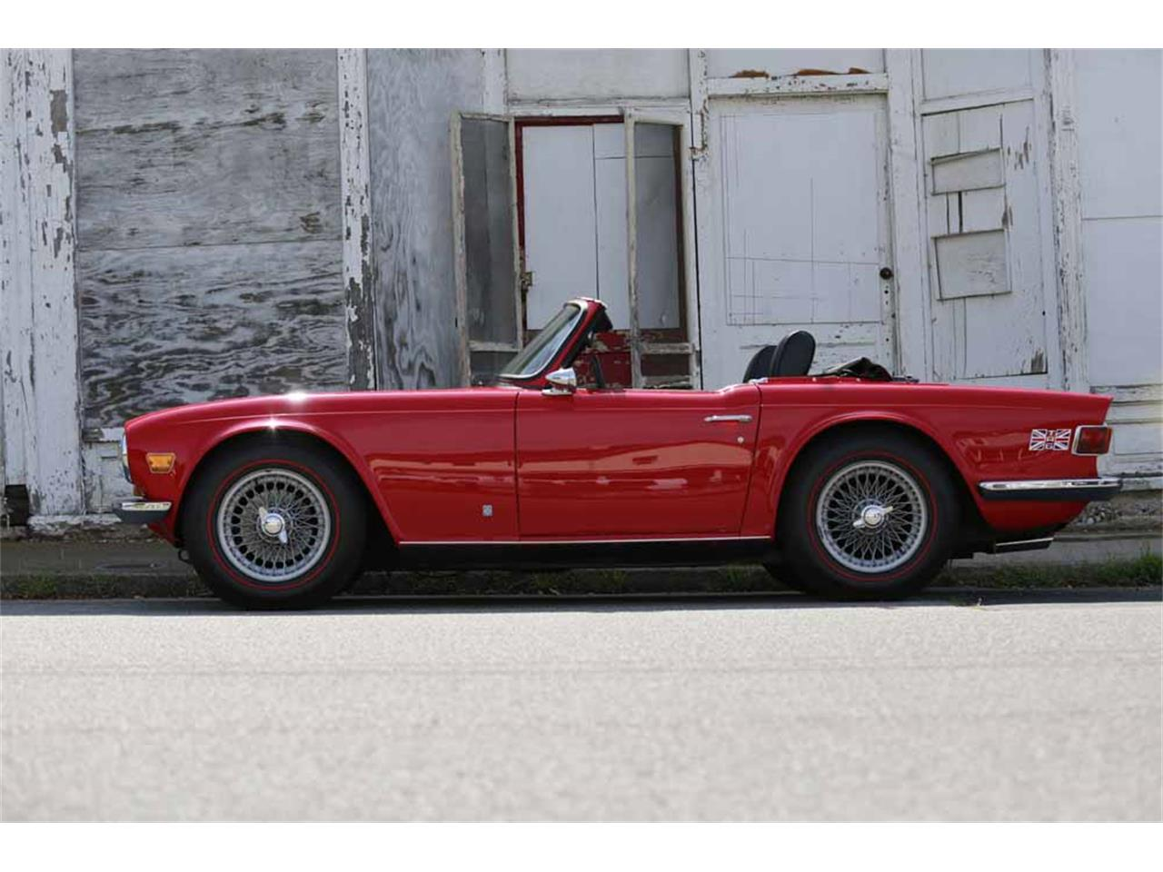 Large Picture of Classic 1969 Triumph TR6 located in Waynesboro Virginia Auction Vehicle Offered by Gassman Automotive - J14Z