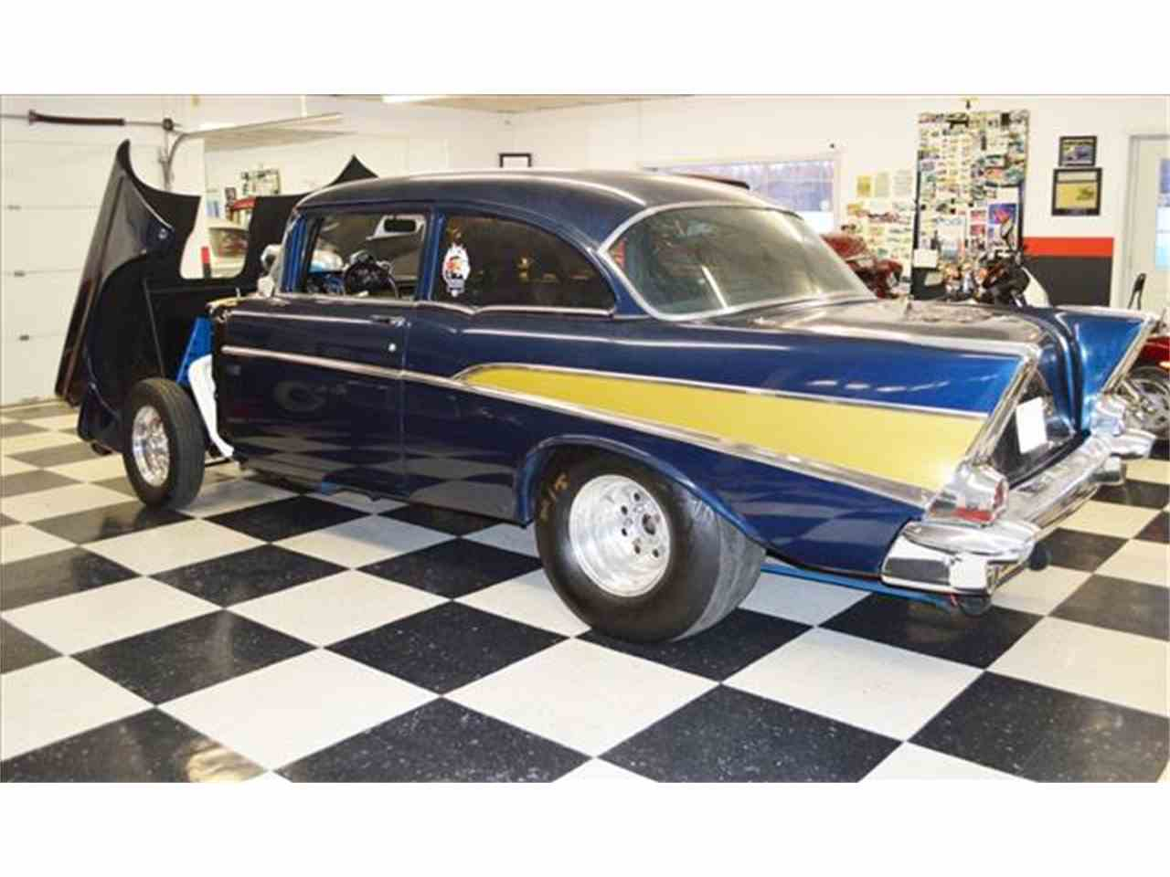 Large Picture of '57 Bel Air - J15W