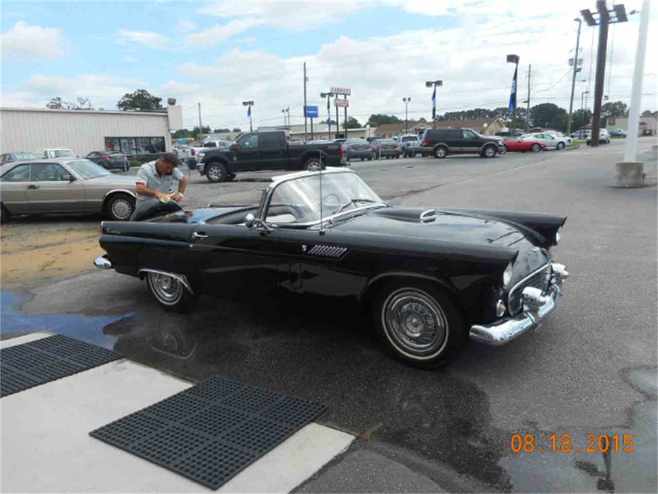 Large Picture of '56 Thunderbird - J1DA