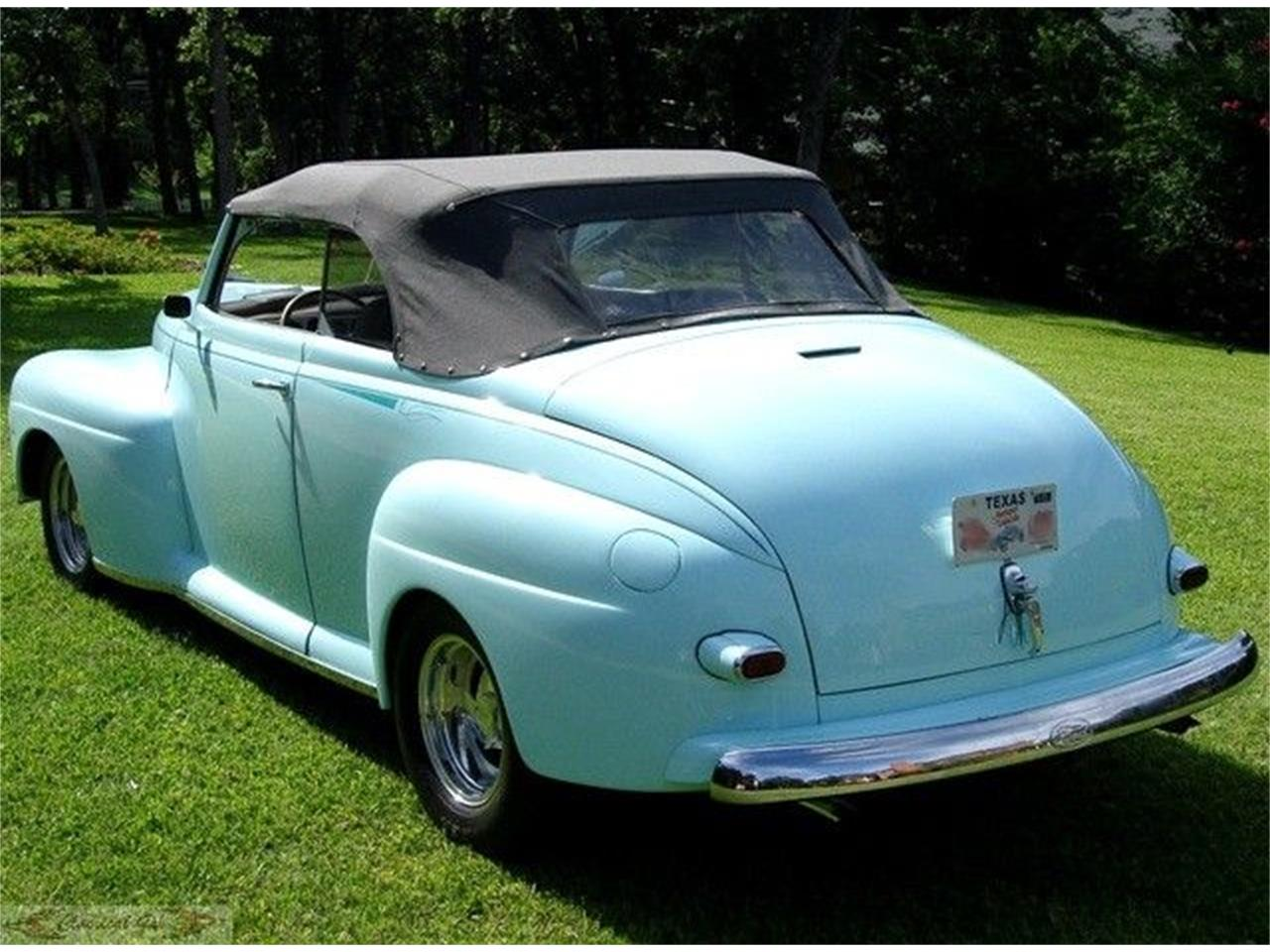 Large Picture of '47 Convertible - J1E4