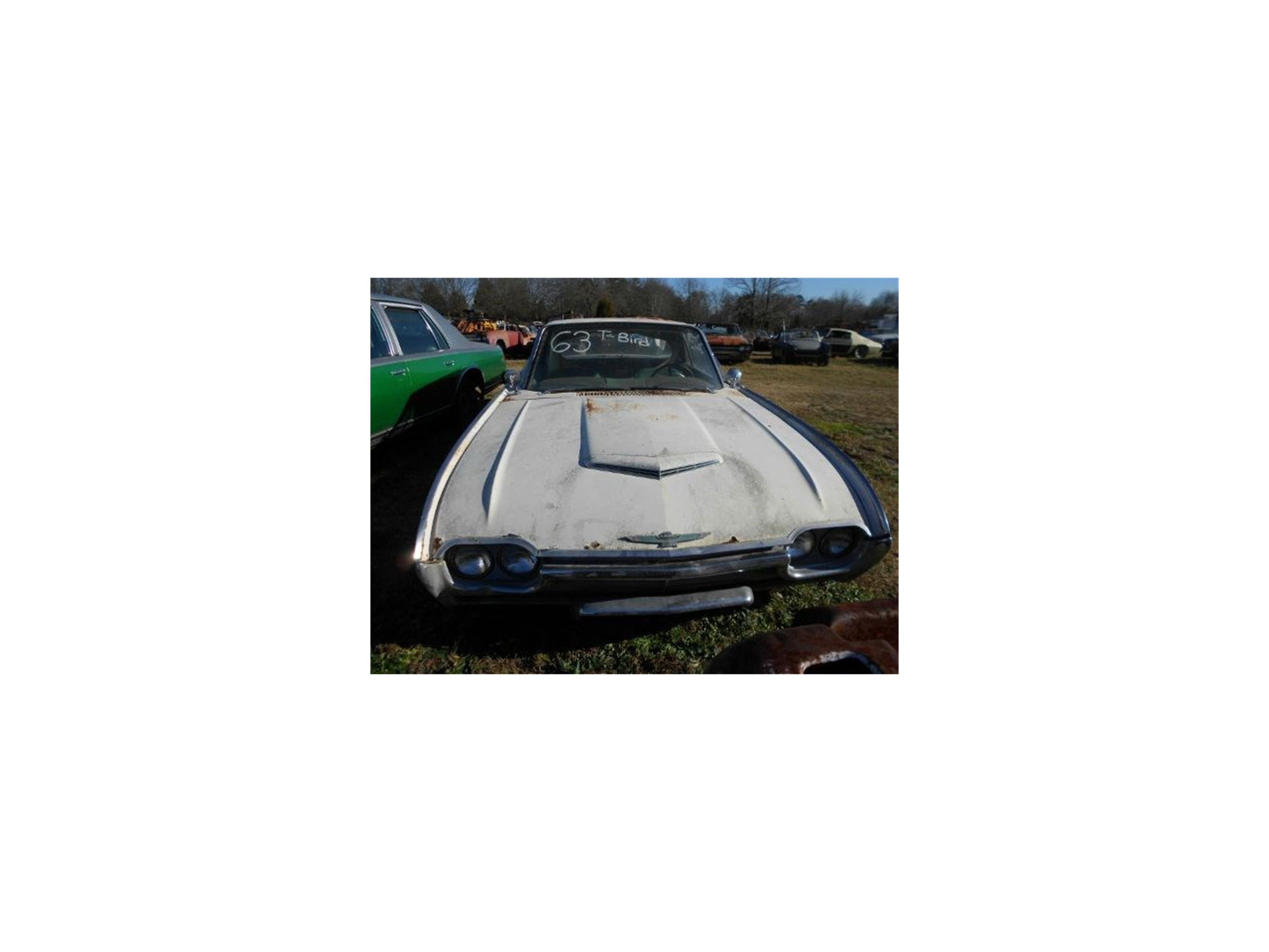 Large Picture of '61 Thunderbird - J1LT