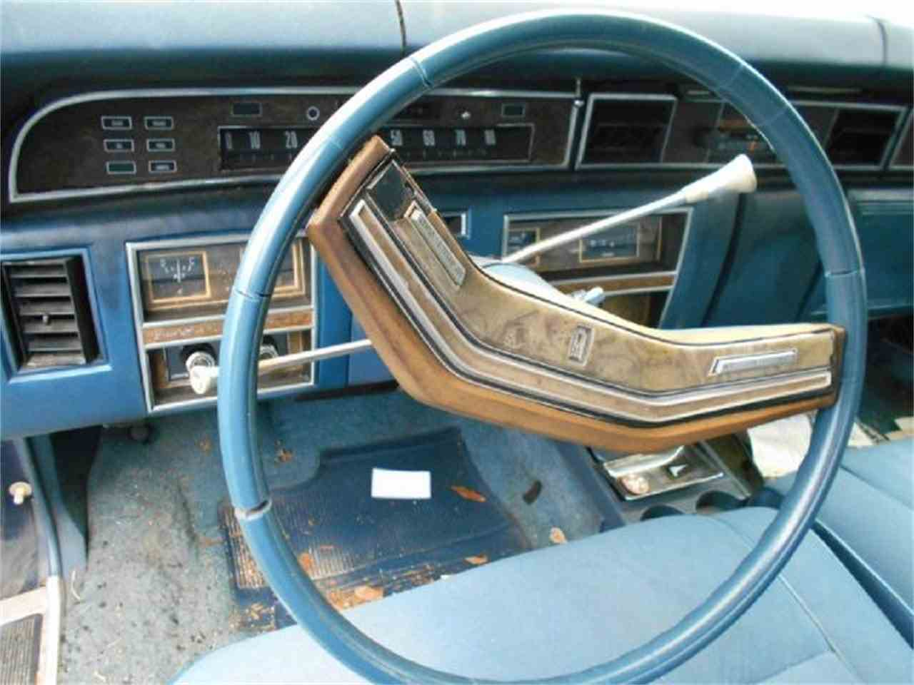 Large Picture of '77 Continental - J1LZ