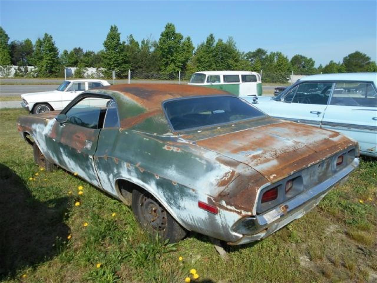 Large Picture of '72 Dodge Challenger - J1O6