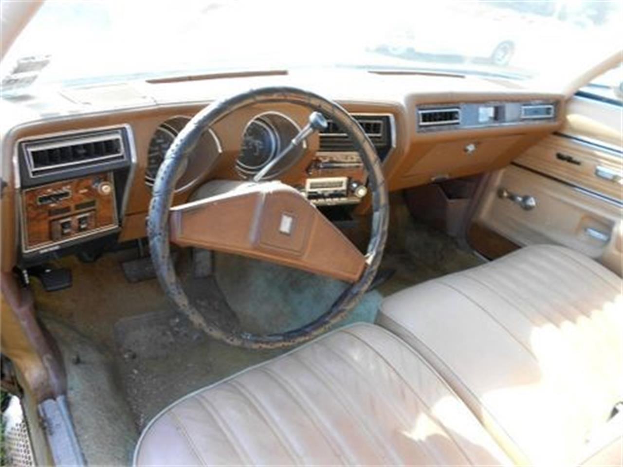 Large Picture of 1977 Custom Cruiser Offered by Classic Cars of South Carolina - J1OS