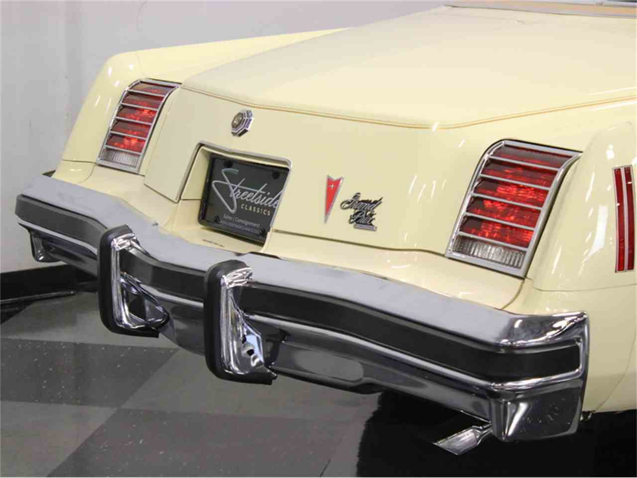 Large Picture of '76 Grand Prix - J1VN