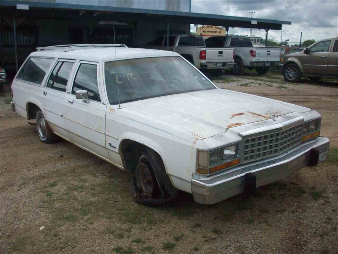 Large Picture of '85 Crown Victoria - J22A
