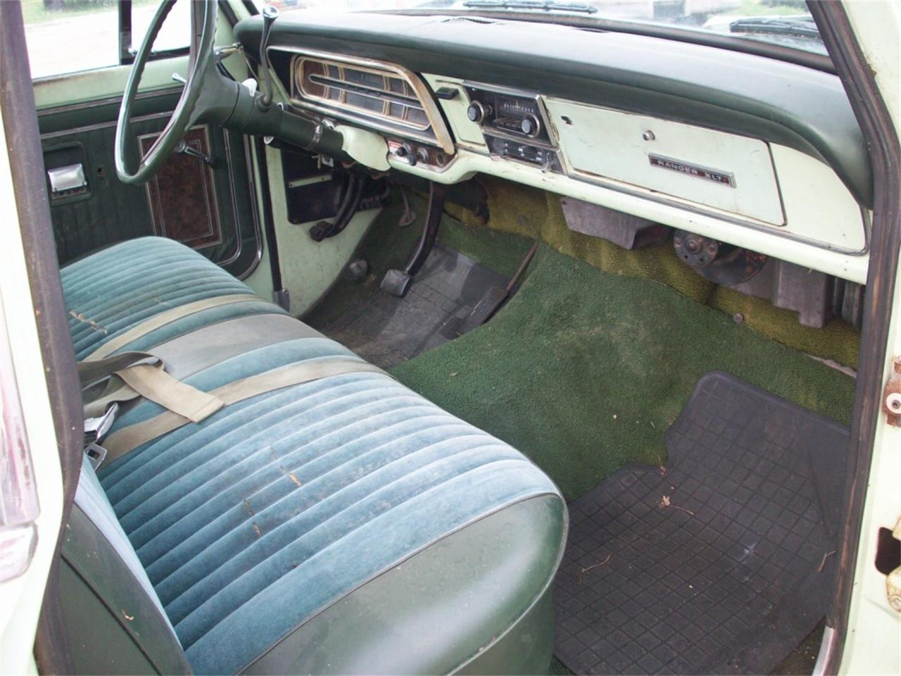 Large Picture of Classic '72 Ford F150 located in Denton Texas - J22J