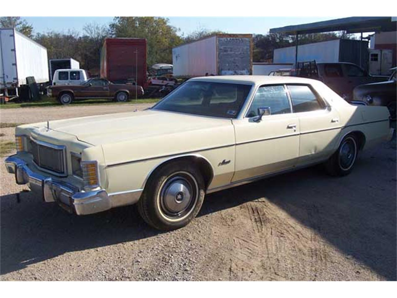 Large Picture of '76 Marquis - J22S