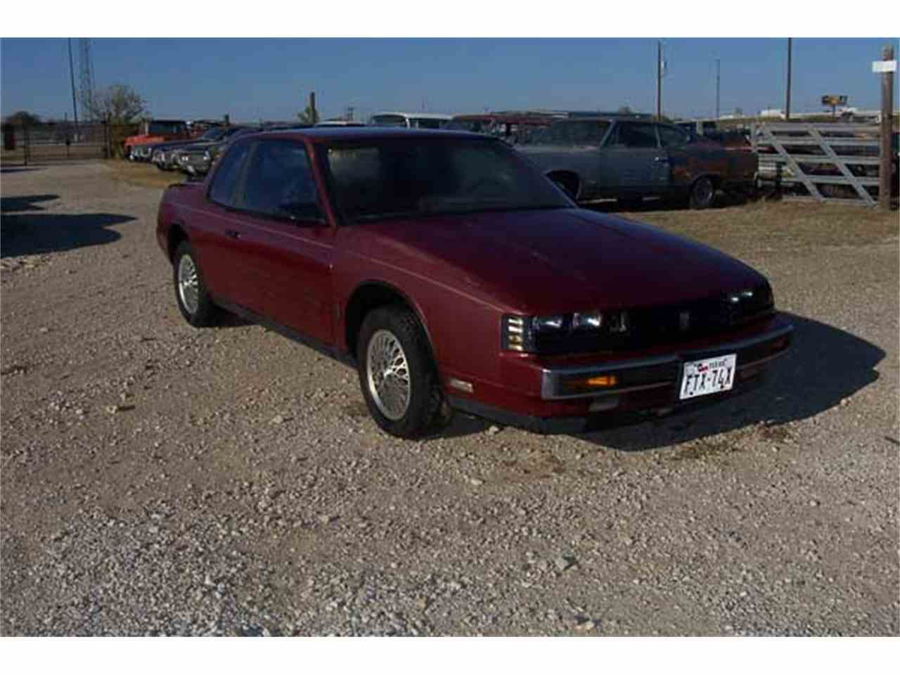 Large Picture of '87 Oldsmobile Toronado Trofeo - $2,495.00 Offered by CTC's Auto Ranch Inc - J24A