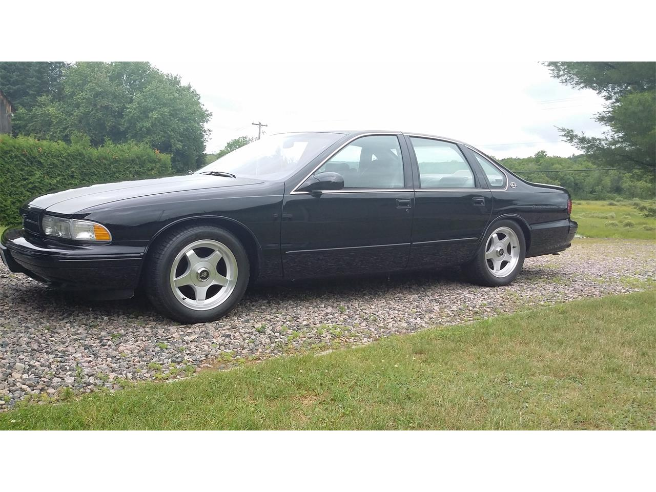 Large Picture of '96 Chevrolet Impala SS - J25Y