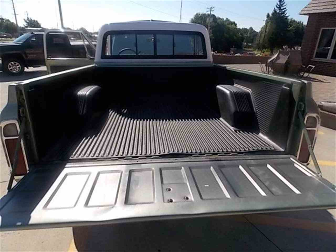 Large Picture of '69 Chevrolet C10 SHORT BOX - $18,999.00 - J2CG