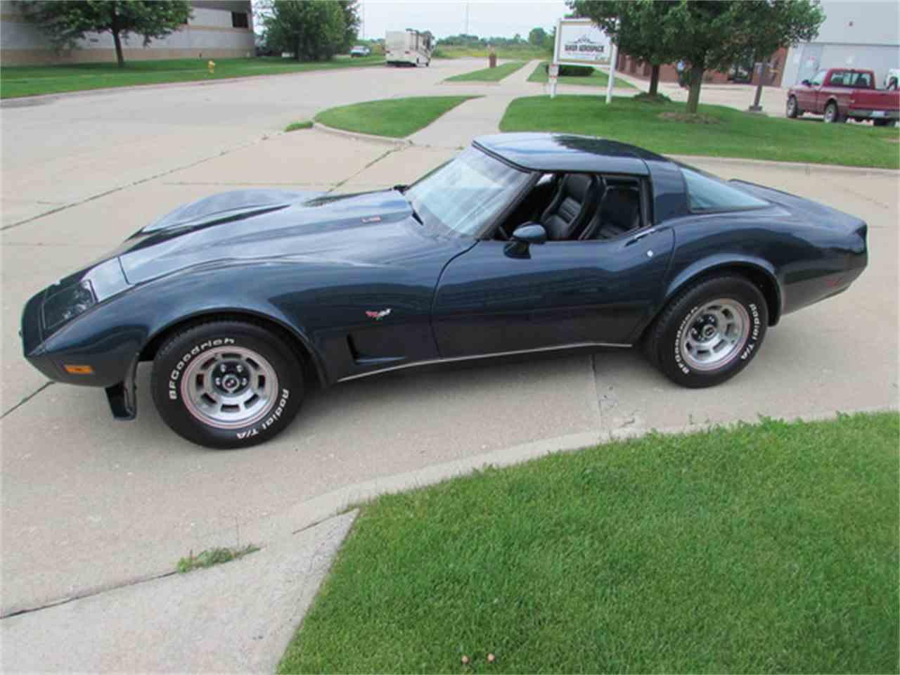 Large Picture of '79 Chevrolet Corvette - $17,900.00 - J2IA