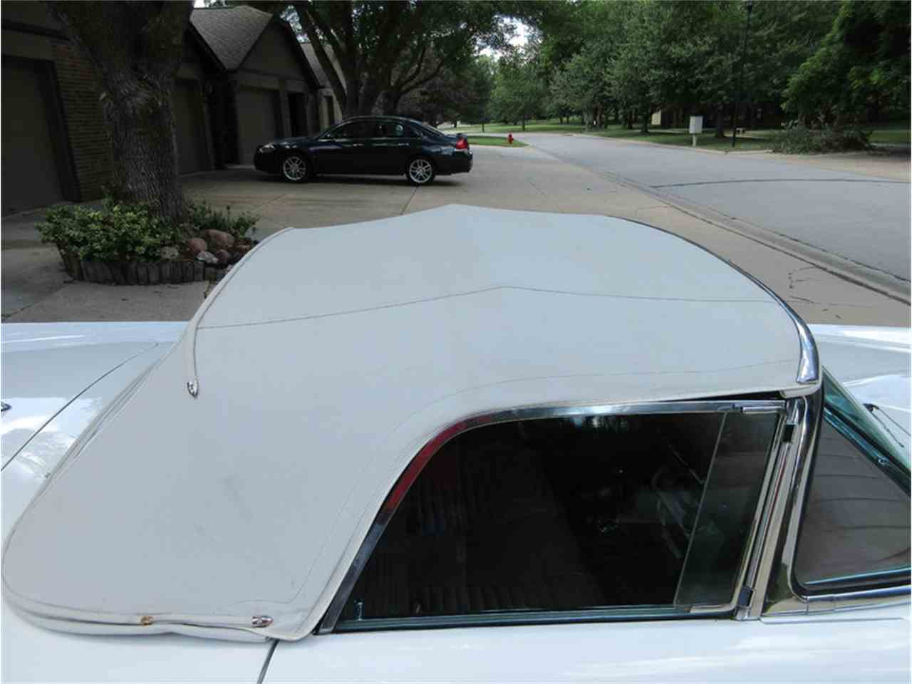 Large Picture of '57 Thunderbird - IVRK