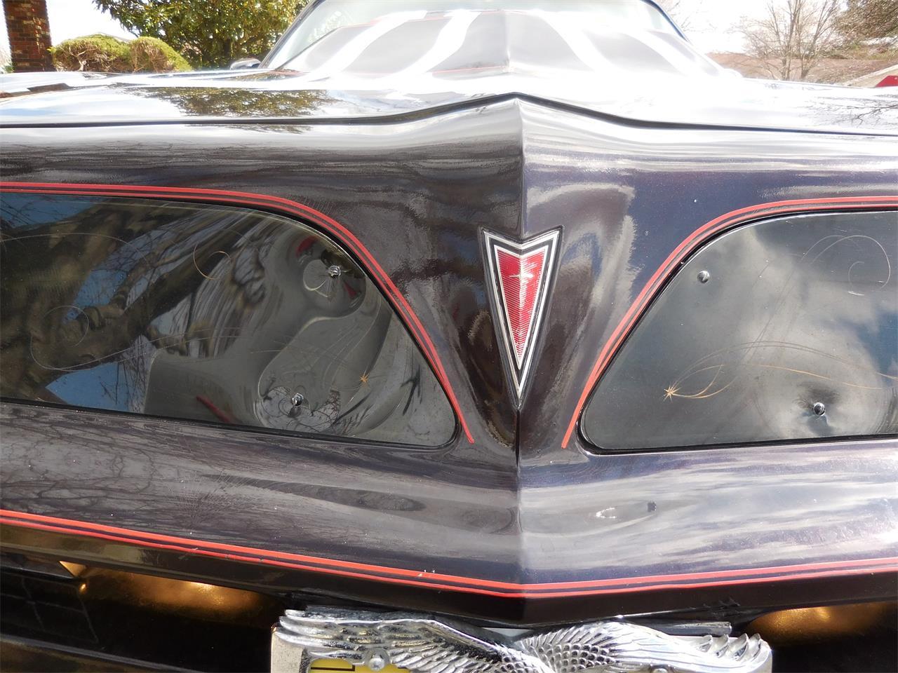 Large Picture of '77 Pontiac Firebird Trans Am - $17,500.00 - J3RM