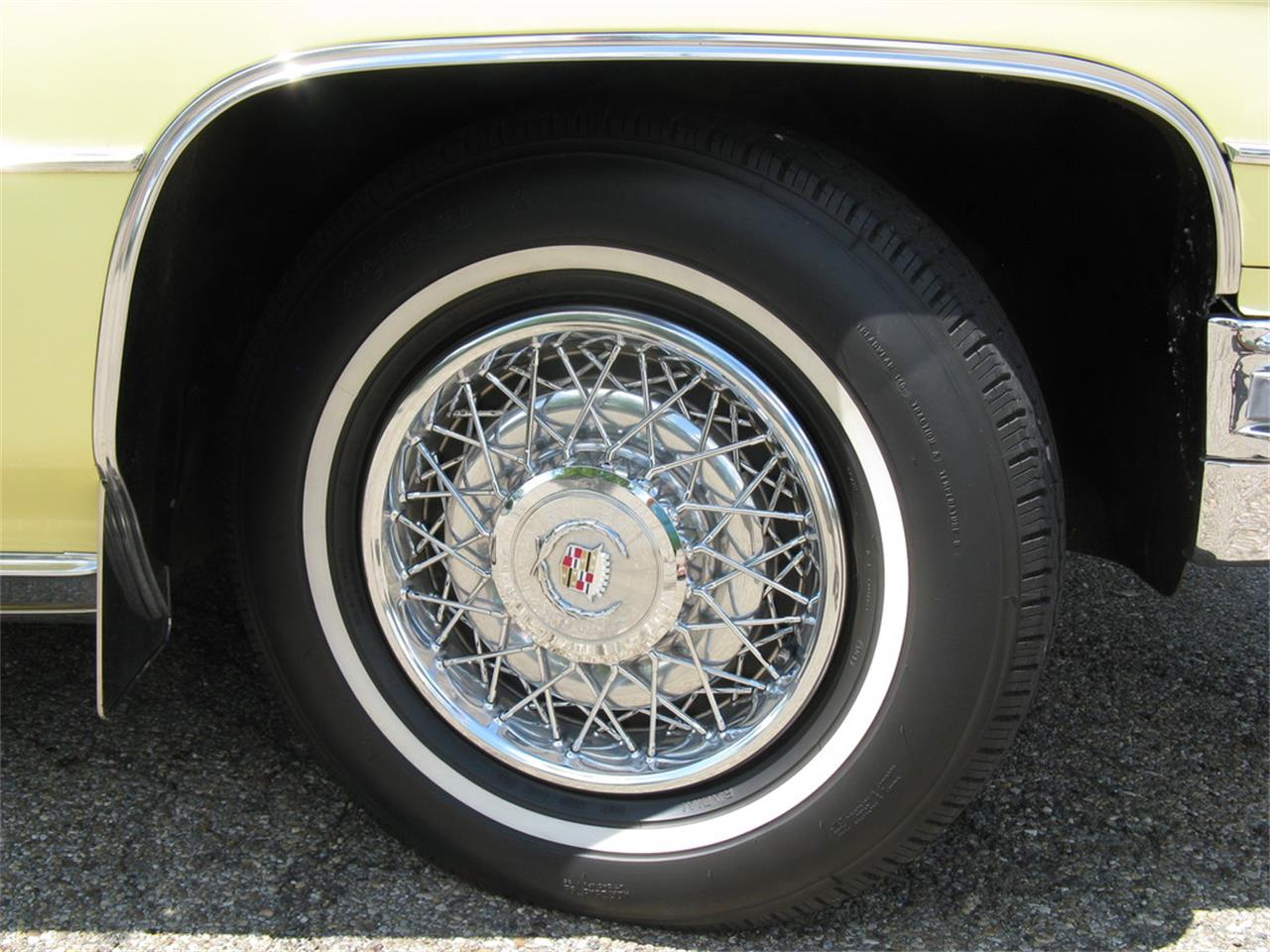 Large Picture of 1974 Cadillac Coupe DeVille located in Ohio Offered by Affordable Classic Motorcars - J3ZZ