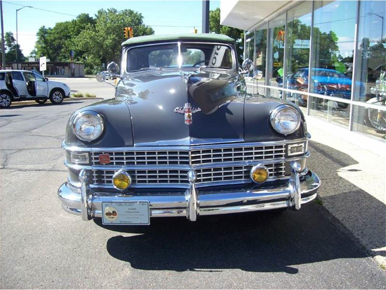 Large Picture of Classic '49 Chrysler Town & Country Offered by Verhage Mitsubishi - J40N