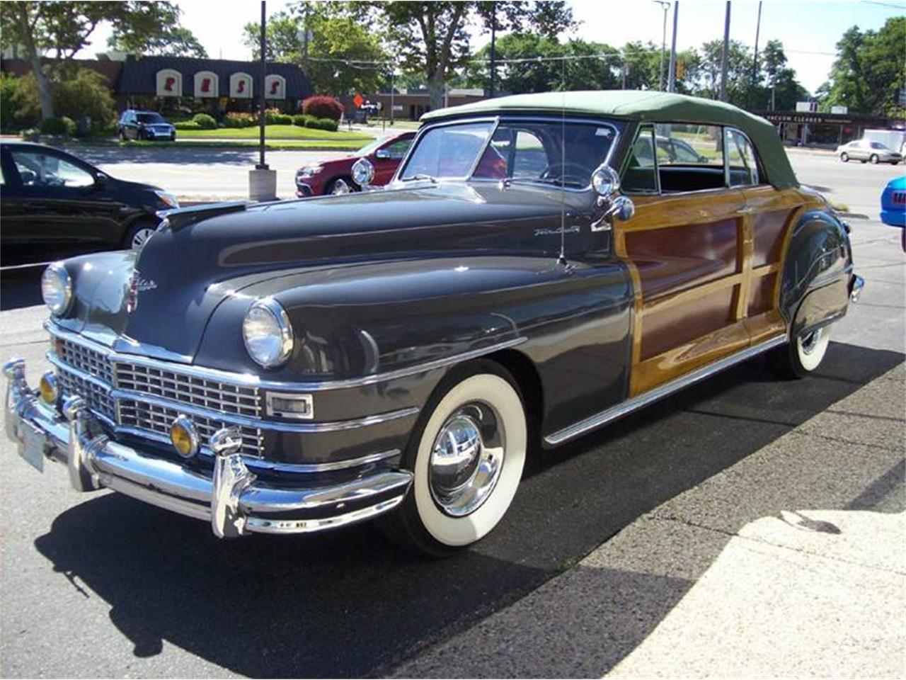 Large Picture of Classic '49 Town & Country Offered by Verhage Mitsubishi - J40N