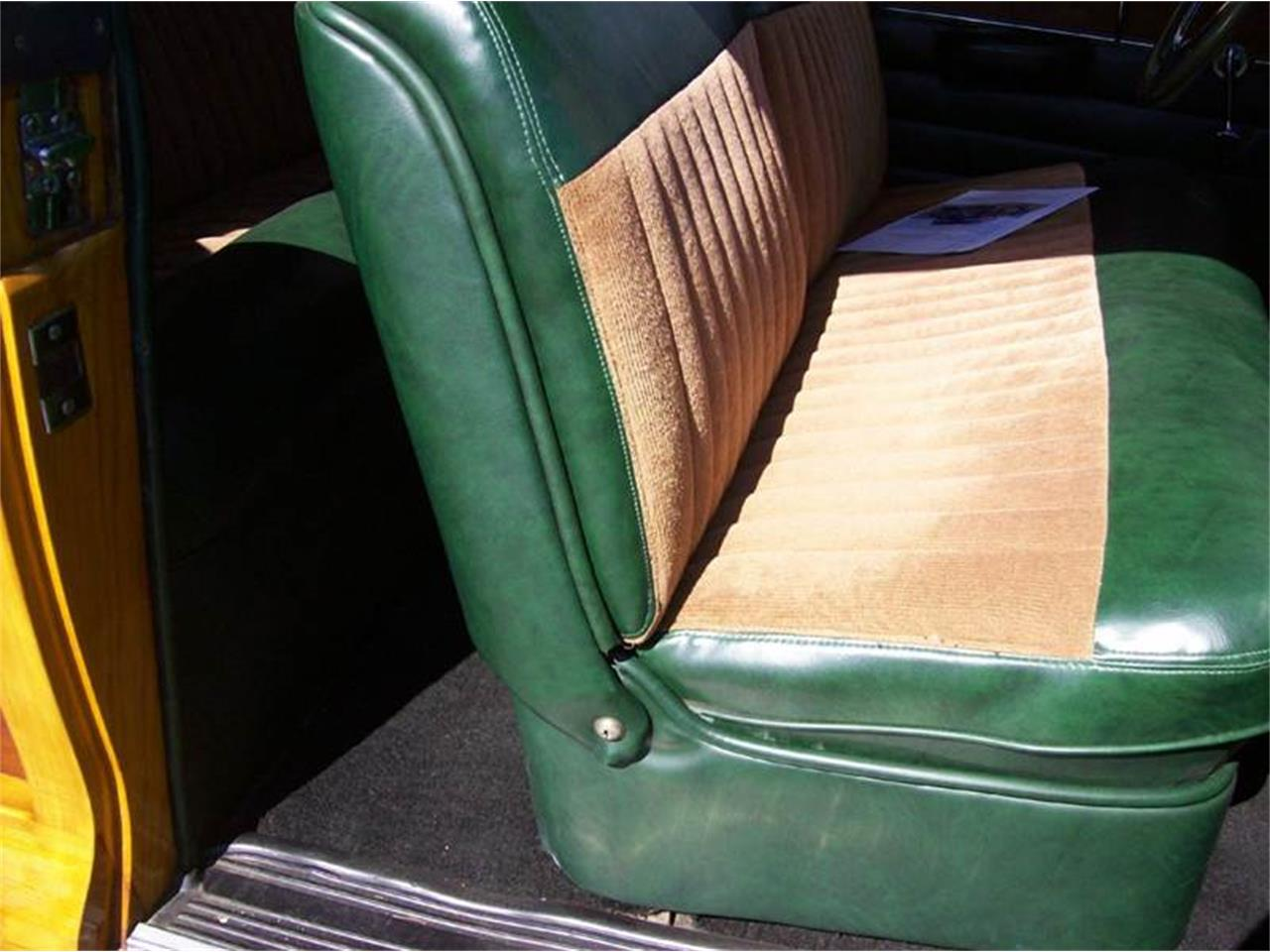 Large Picture of '49 Chrysler Town & Country Offered by Verhage Mitsubishi - J40N