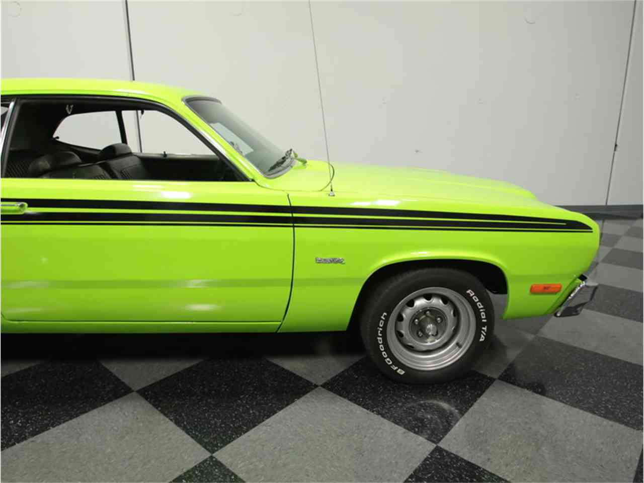 Large Picture of '73 Duster - J426