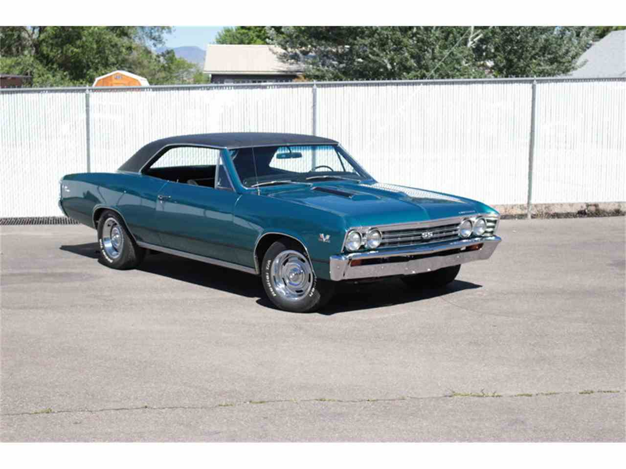 Large Picture of '67 Chevelle - J44I