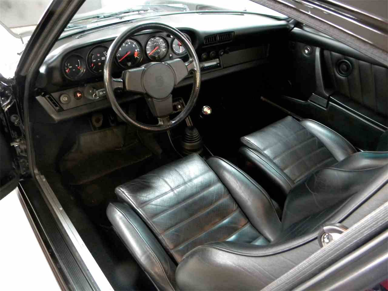 Large Picture of '84 Carrera 3.2 coupe located in Pennsylvania - $69,500.00 Offered by AIC Auto Sales Inc. - J4MC