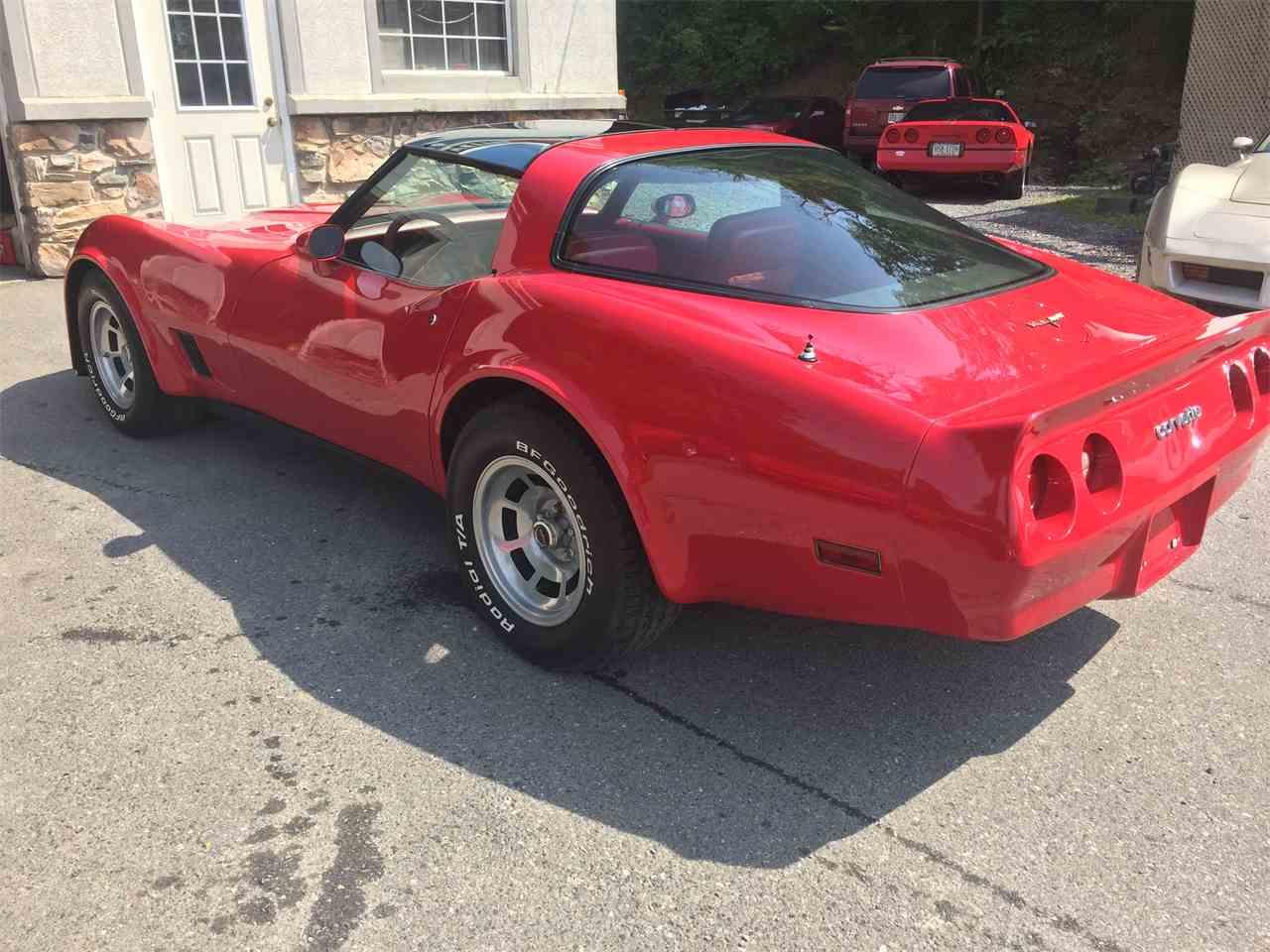 Large Picture of '81 Corvette - J2Y0