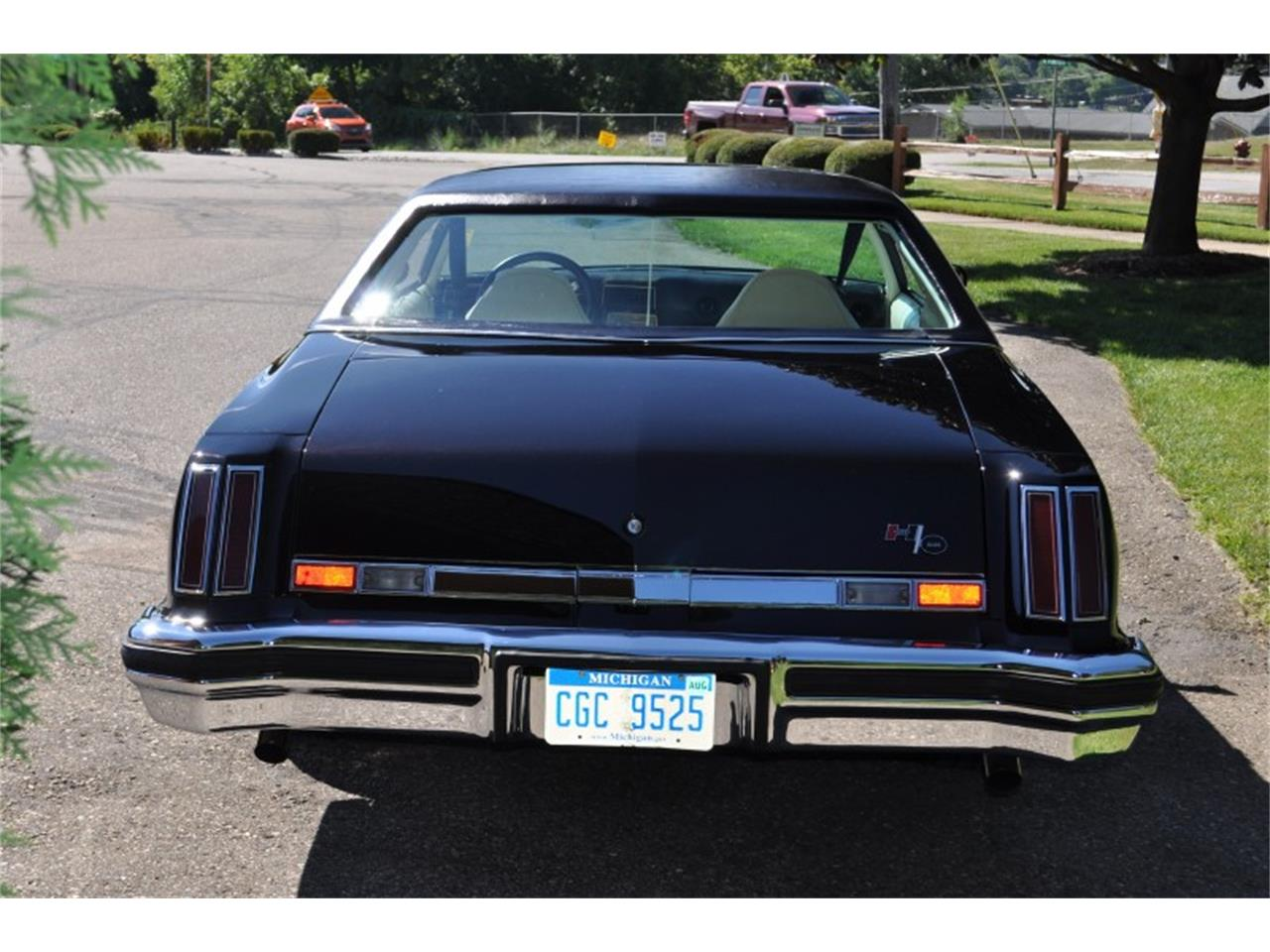 Large Picture of '75 442 located in Clarkston Michigan Offered by Sleeman's Classic Cars - J4WG