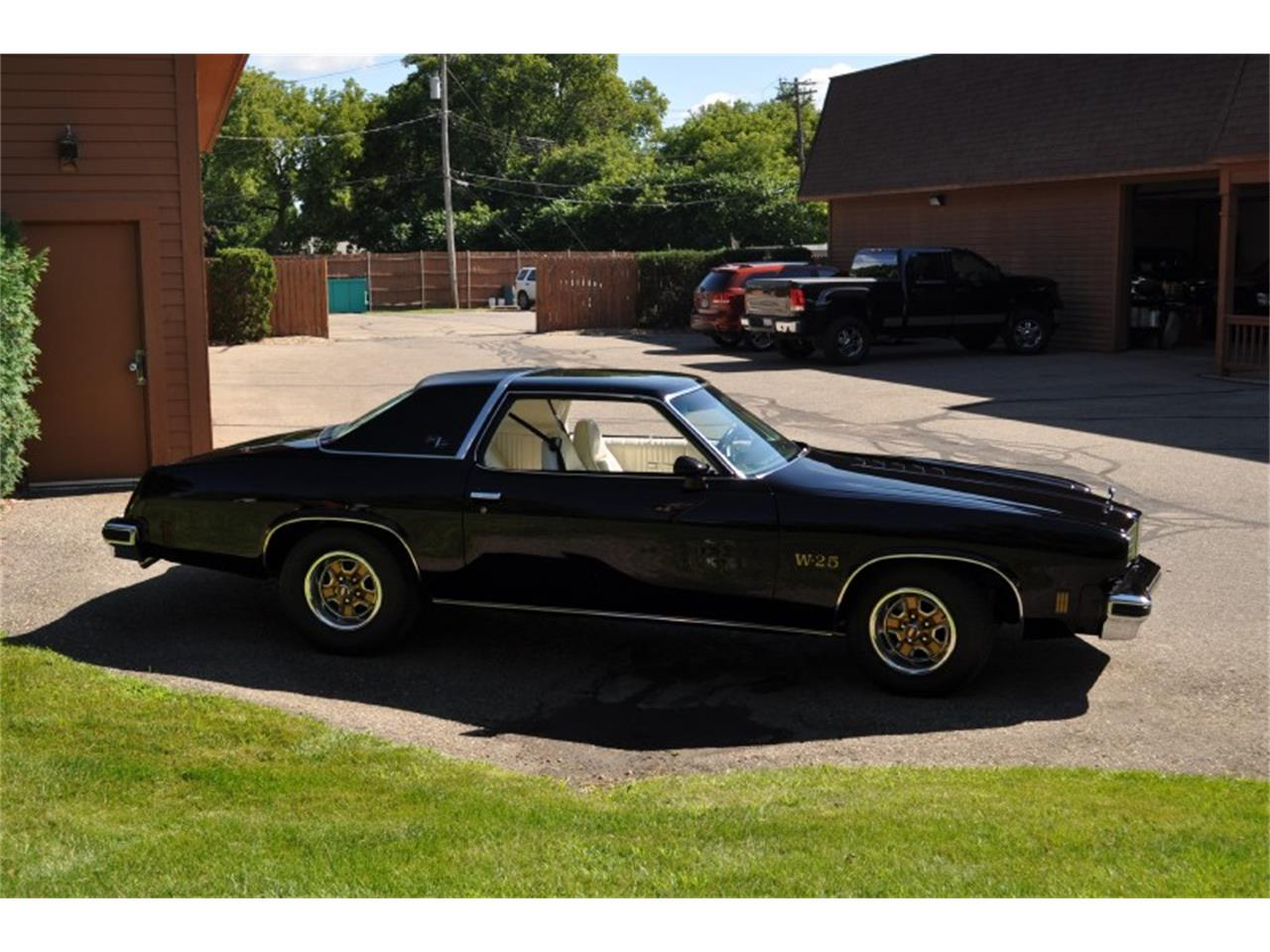 Large Picture of '75 Oldsmobile 442 located in Michigan Offered by Sleeman's Classic Cars - J4WG