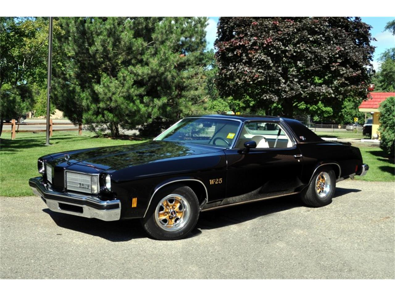Large Picture of '75 Oldsmobile 442 located in Michigan - J4WG