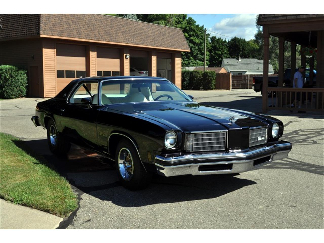 Large Picture of '75 Oldsmobile 442 - J4WG