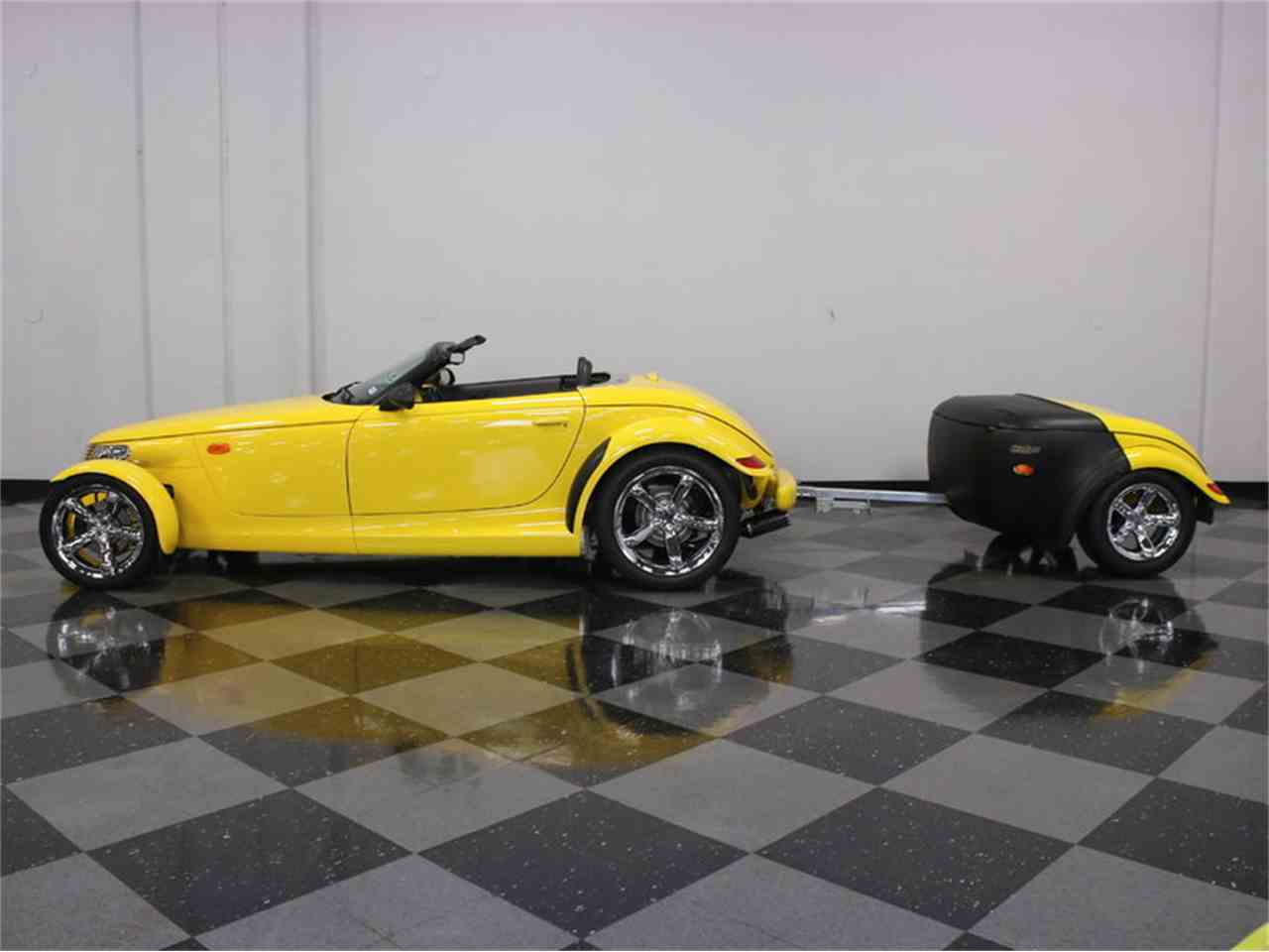Large Picture of '99 Plymouth Prowler located in Ft Worth Texas - J56O