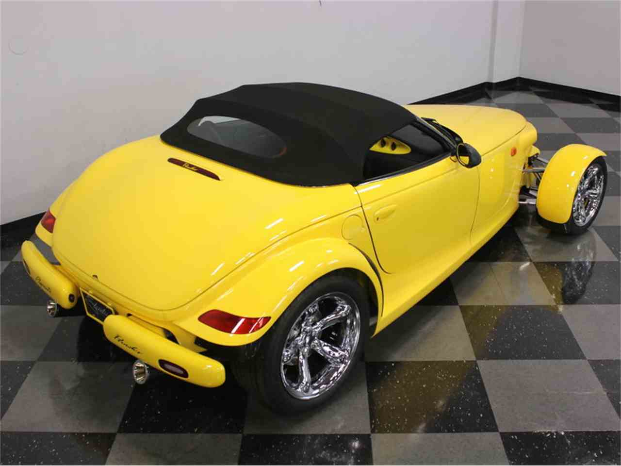 Large Picture of '99 Plymouth Prowler - J56O