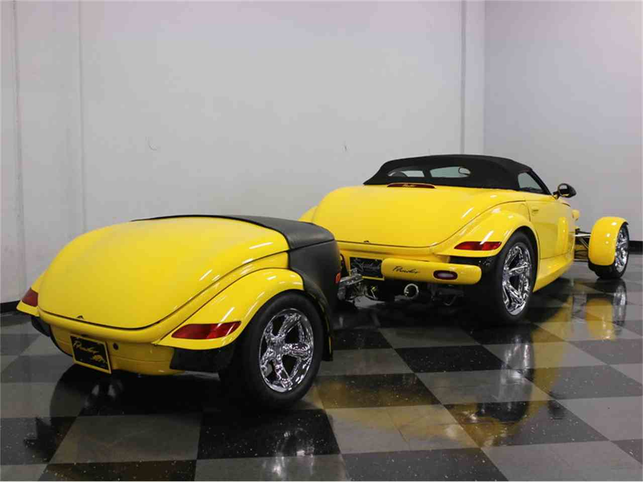 Large Picture of 1999 Plymouth Prowler located in Ft Worth Texas - J56O