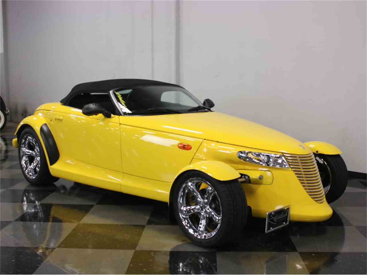Large Picture of '99 Plymouth Prowler located in Texas - $37,995.00 - J56O