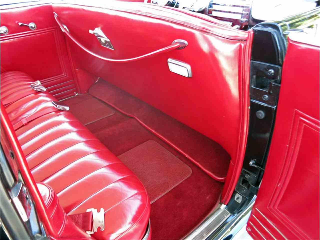 Large Picture of Classic '41 Super Offered by Connors Motorcar Company - J5C3
