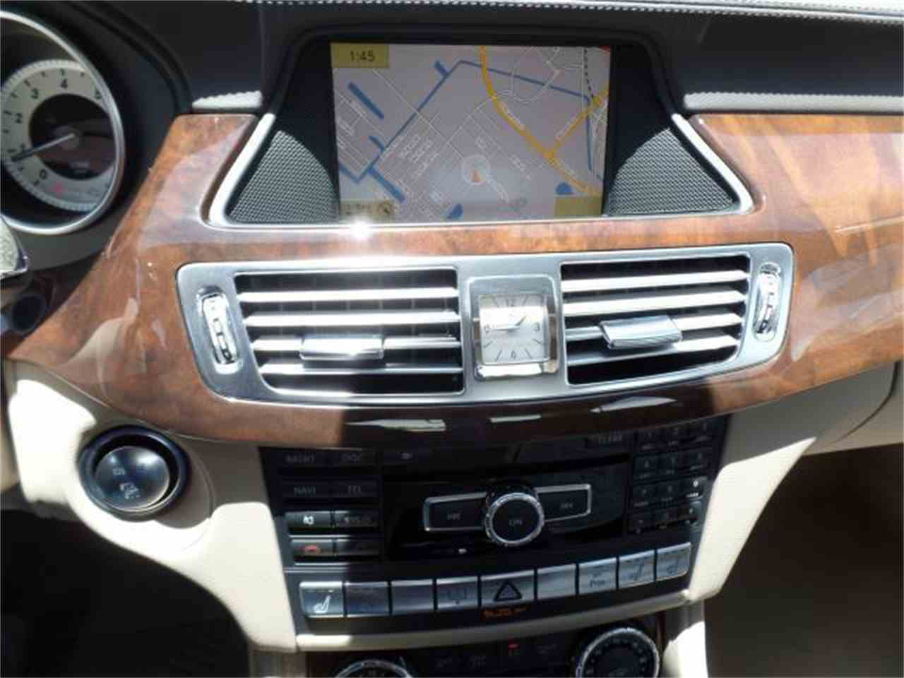 Large Picture of '12 Mercedes-Benz CLS550 - $37,900.00 - J5EE