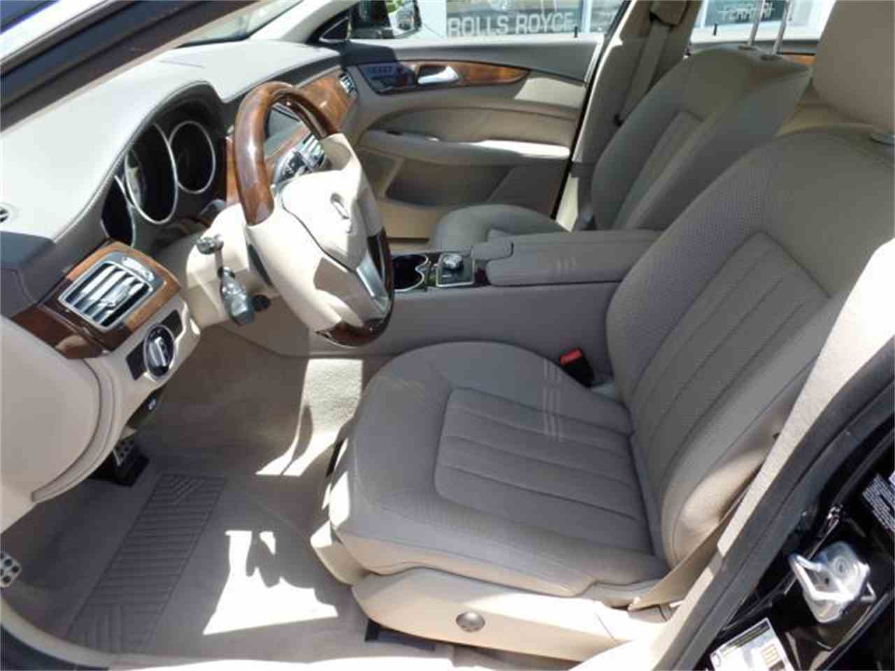 Large Picture of 2012 Mercedes-Benz CLS550 Offered by Chariots of Palm Beach Inc. - J5EE