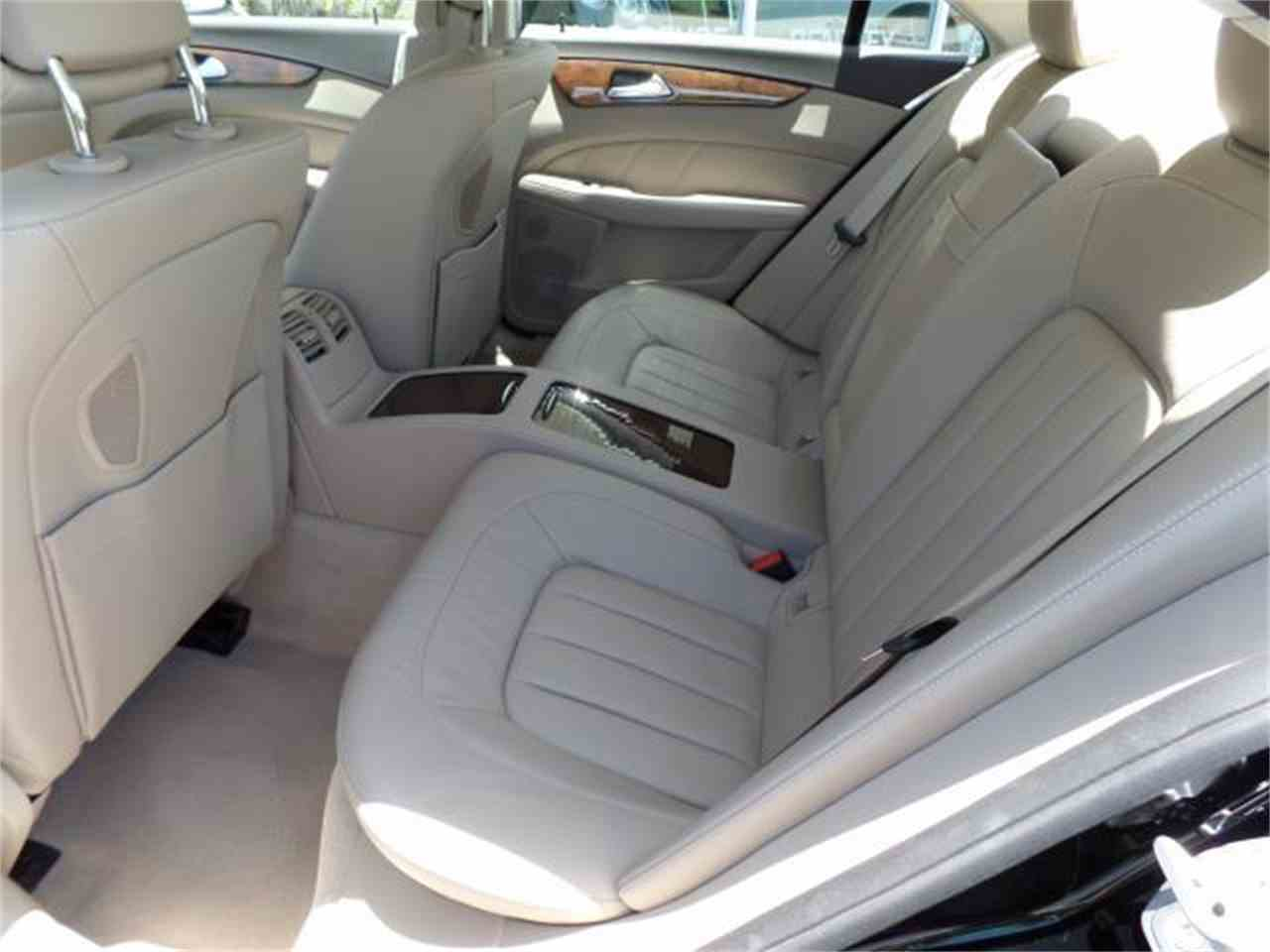 Large Picture of '12 CLS550 located in Florida - $37,900.00 Offered by Chariots of Palm Beach Inc. - J5EE