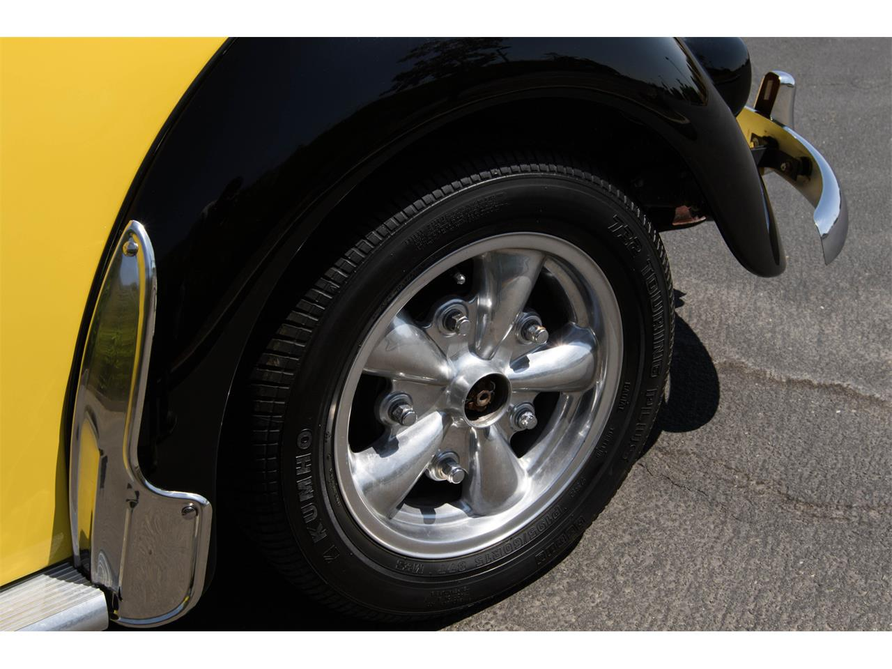 Large Picture of '60 Volkswagen Beetle - $14,990.00 Offered by Specialty Sales Classics - J5F4