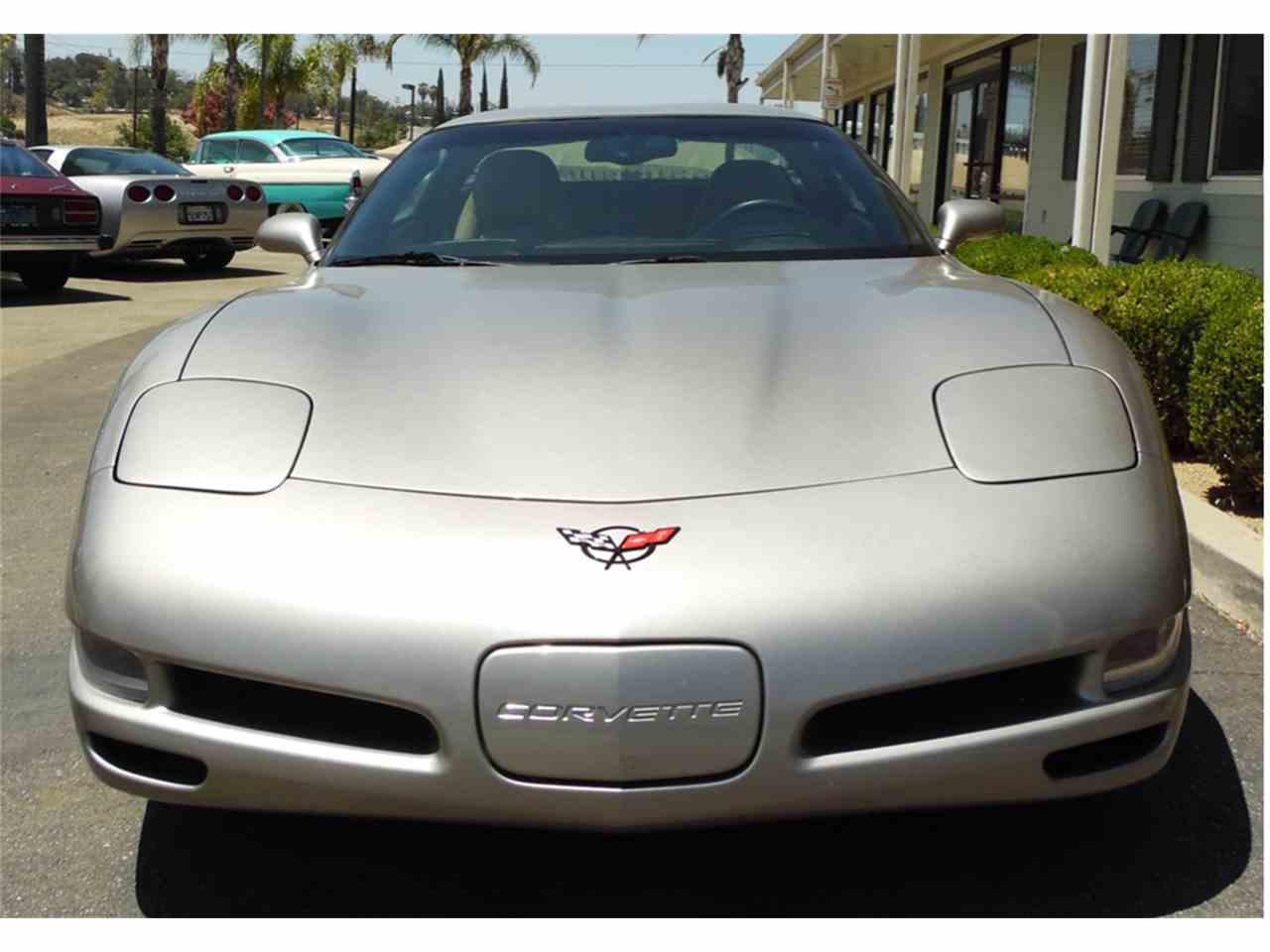 Large Picture of '01 Corvette - J5IC