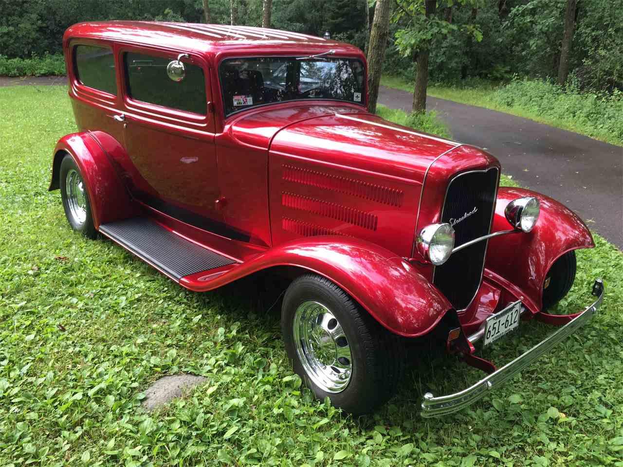 1932 ford sedan for sale cc 893629. Black Bedroom Furniture Sets. Home Design Ideas