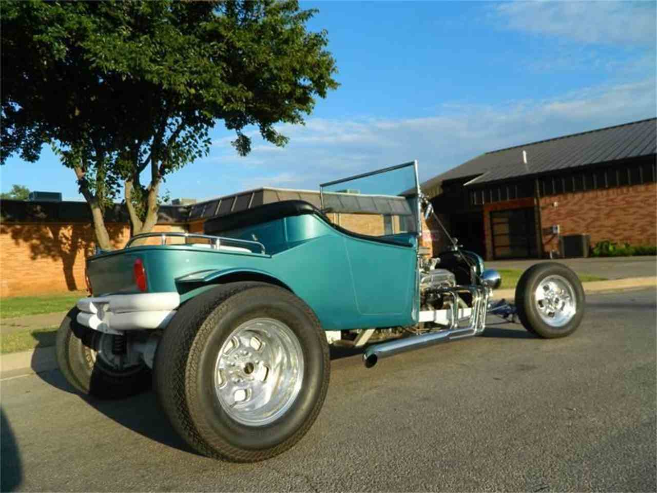 Large Picture of '28 Ford T-Bucket - $16,500.00 Offered by Eric's Muscle Cars - J5P9