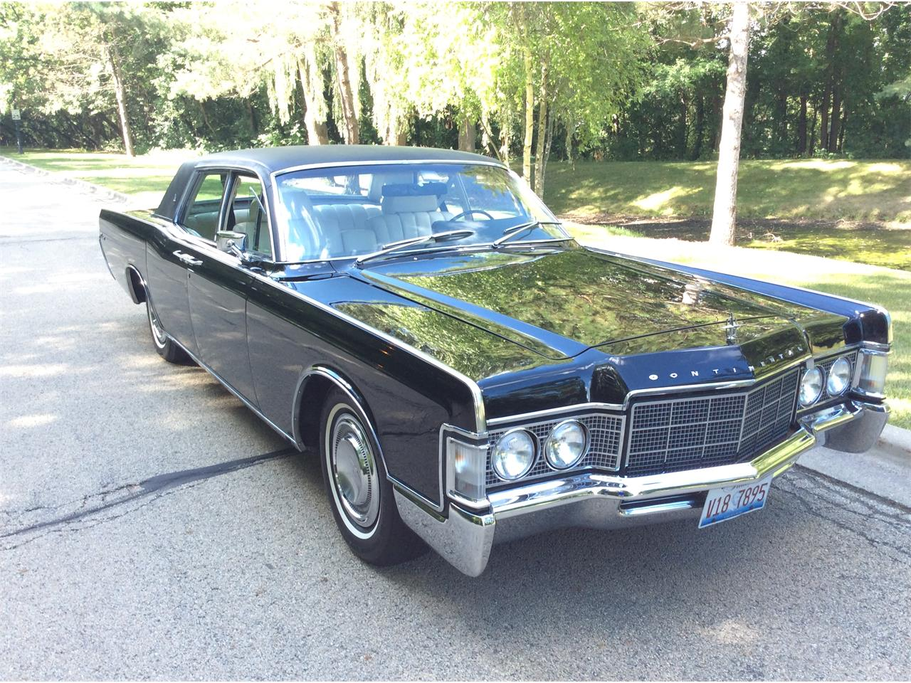 Large Picture of '69 Continental - J5QA