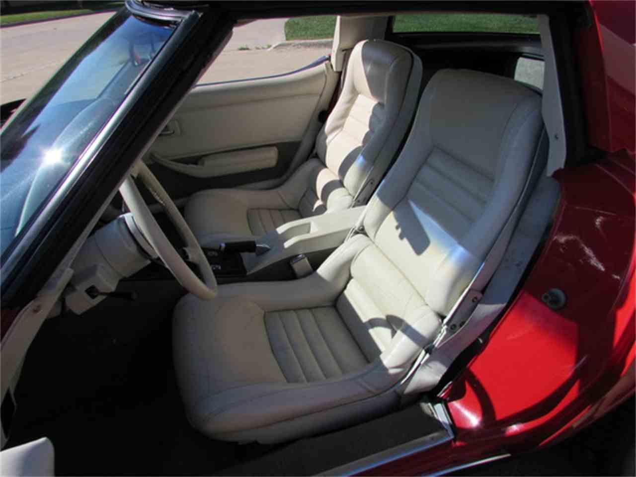 Large Picture of '80 Corvette - J317