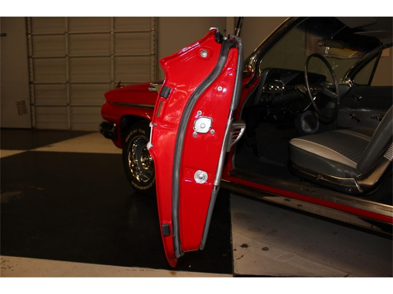 Large Picture of 1961 Impala located in North Carolina Offered by East Coast Classic Cars - J60W