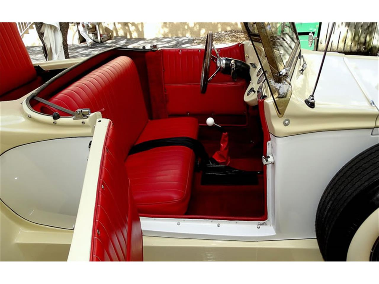 Large Picture of '79 Imperial - J62X