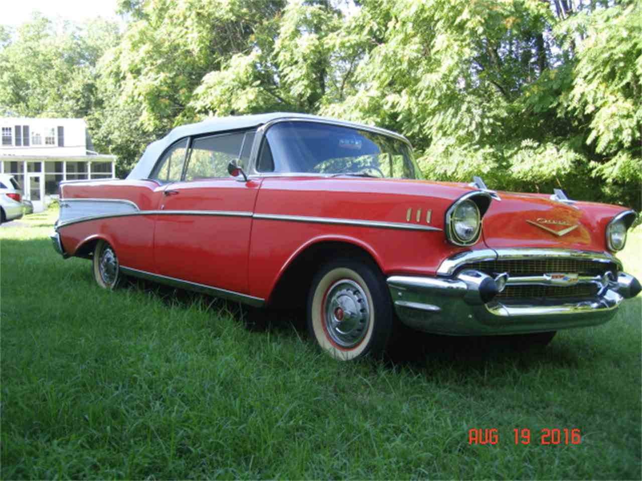 Large Picture of '57 Bel Air - J690